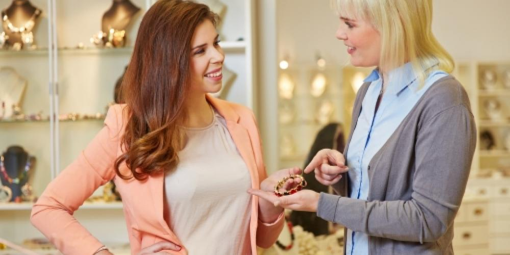 Build Lasting Relationships With Customers Using These 13 Tactics